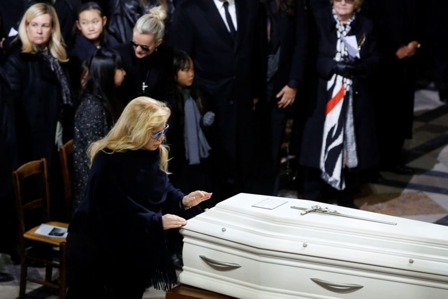 L'hommage À Johnny Hallyday En Photos 12