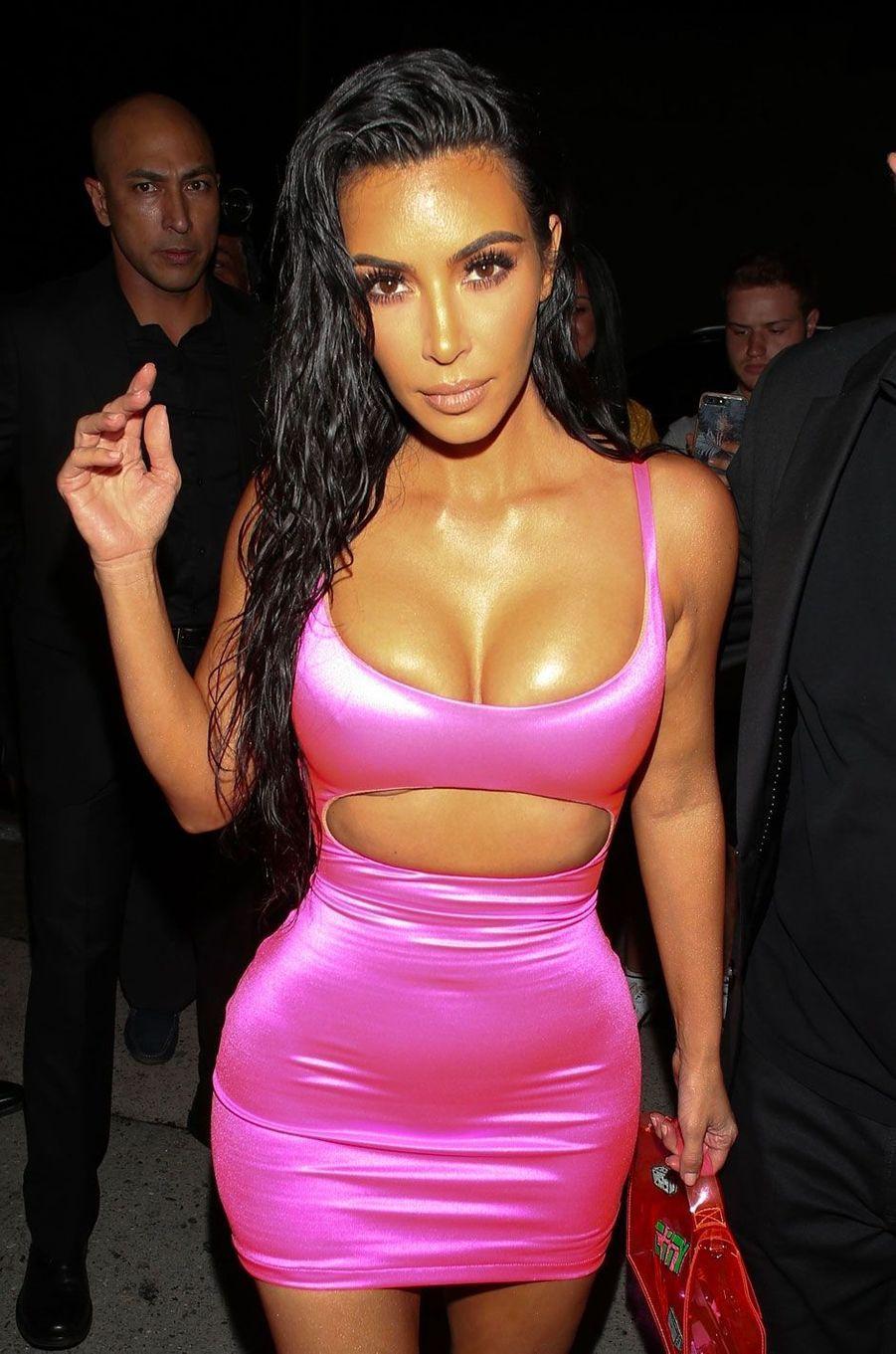 Kim Kardashian à la soirée d'anniversaire de Kylie Jenner le 9 août