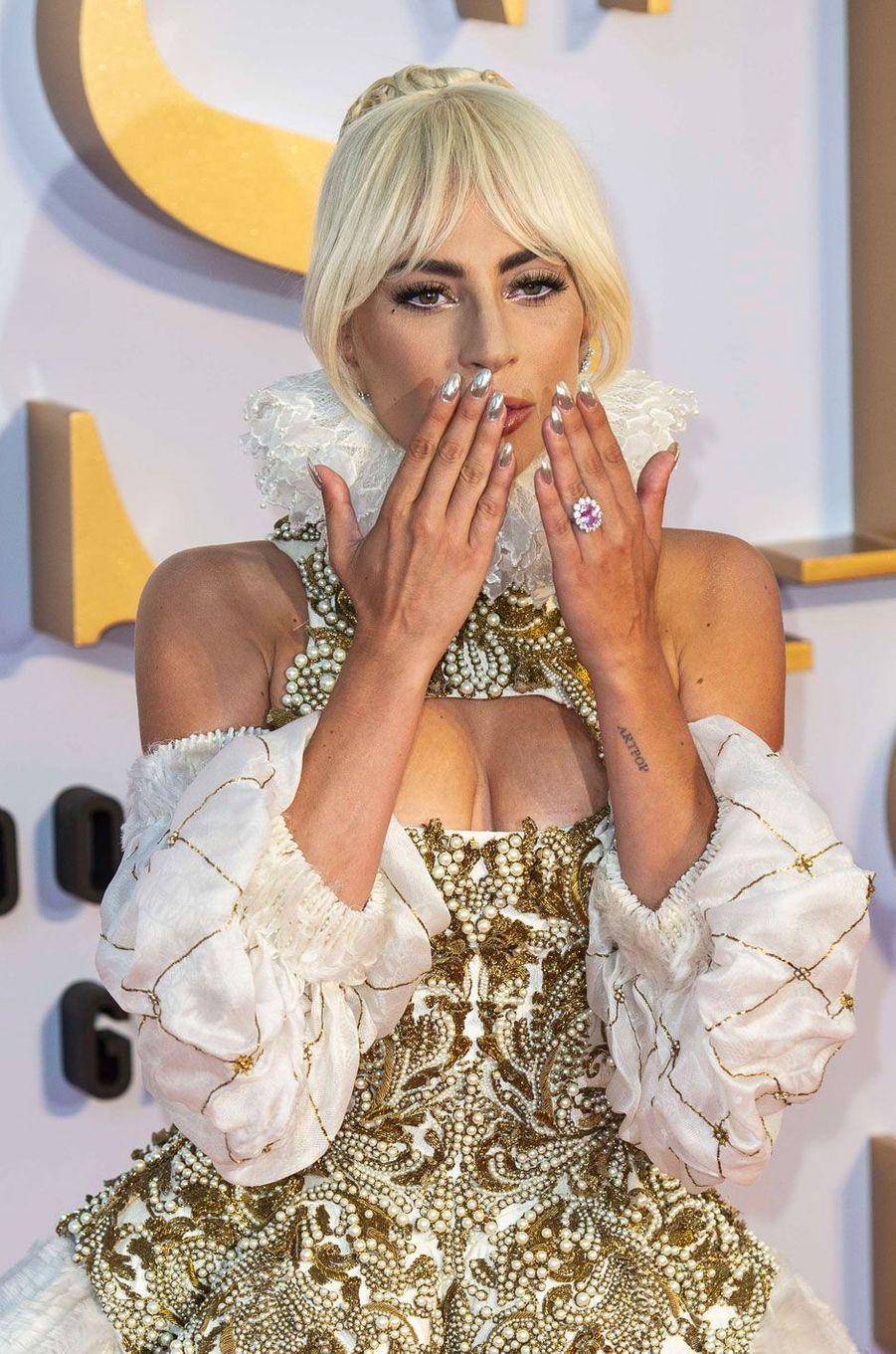 Lady Gaga à Londres le 27 septembre