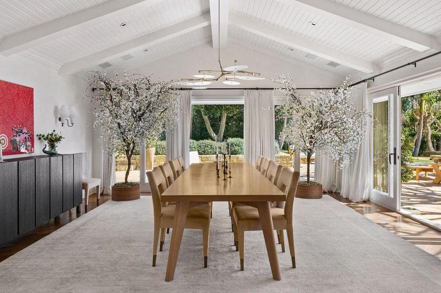 La famille Kardashian passe l'été dans cette villa de Malibu qui a été mise en ventepour125 millions de dollars