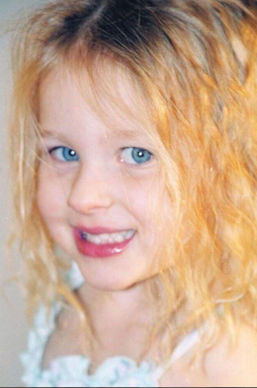 La fille de Steven Spielberg, Destry