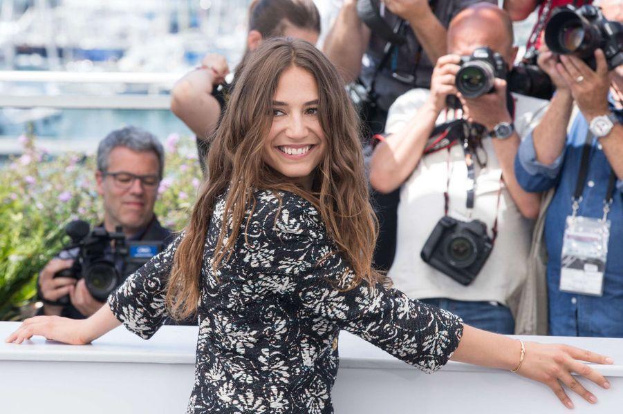 Izïa Higelin au 70ème festival de Cannes, en mai 2017.