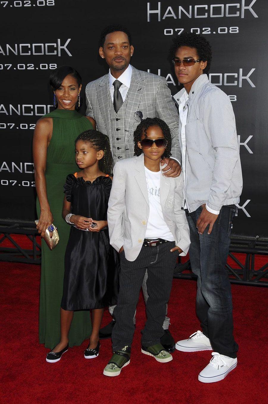La famille de Will Smith au complet en 2008(Jada Pinkett Smith, Will Smith, Willow, Jaden et Trey)