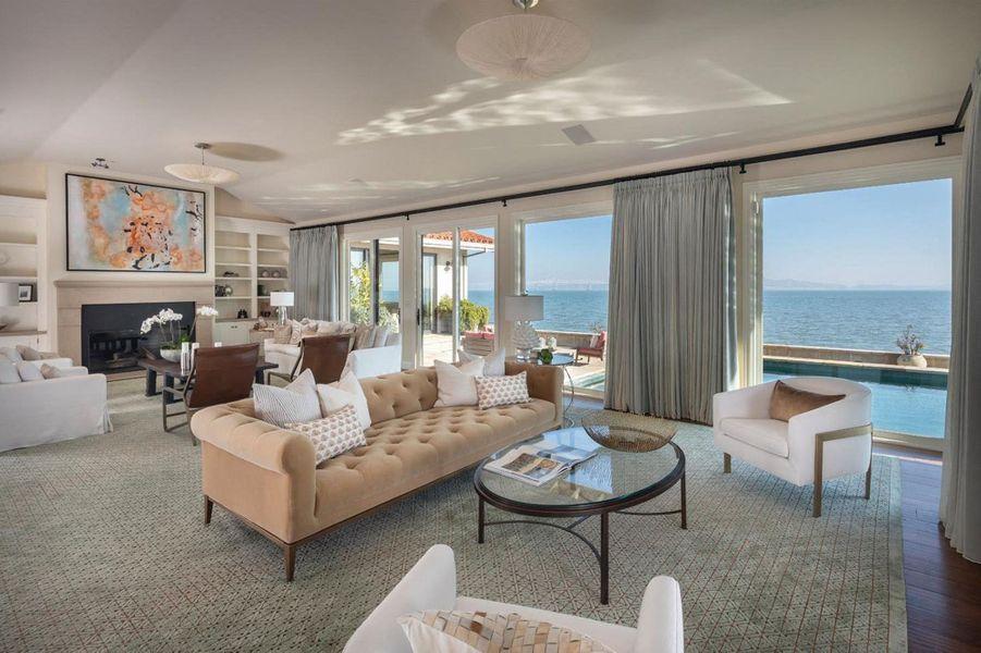 La dernière demeure de Robin Williams à Tiburon,au nord de la baie de San Francisco. En novembre 2019, la maison est en vente pour 7,2 millions de dollars.