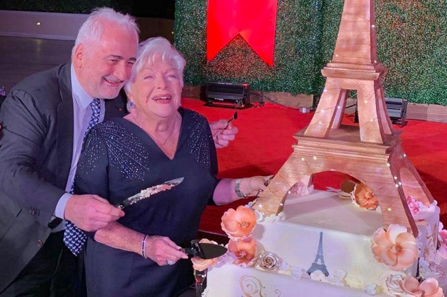 Line Renaud et son ami Guy Savoy aux 20 ans de l'hôtel Paris Las Vegas.