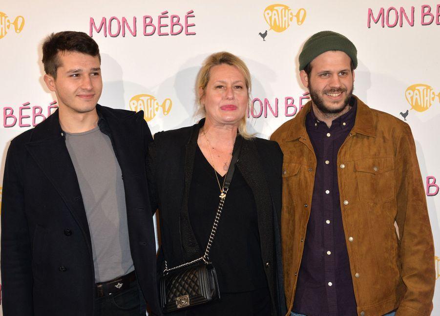 """Giacomo, Luana et Alessandro Belmondo à l'avant-première du film """"Mon bébé"""" à Paris le 11 mars 2019"""