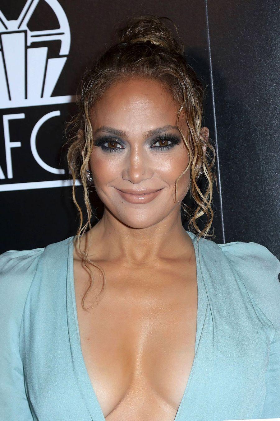 Jennifer Lopez, pendant la cérémonie des Los Angeles Film Critics Association Awards à L.A, le 11 janvier 2020.