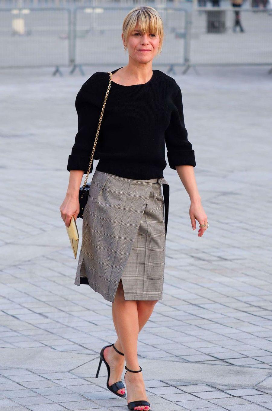 Marina Fois au défilé Louis Vuitton.