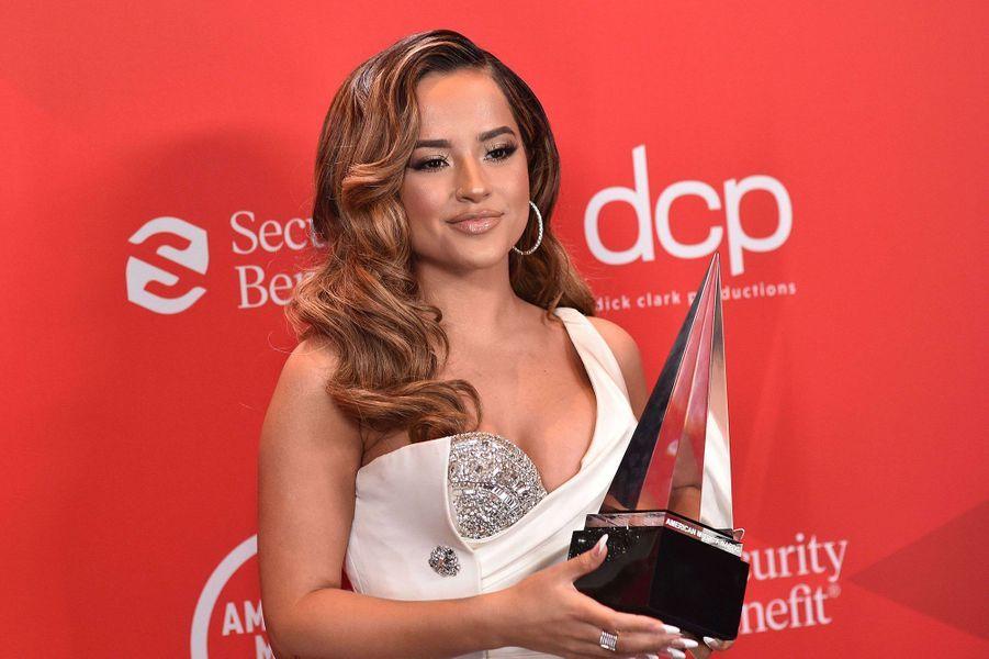 Becky Gaux American Music Awards à Los Angeles le 22 novembre 2020
