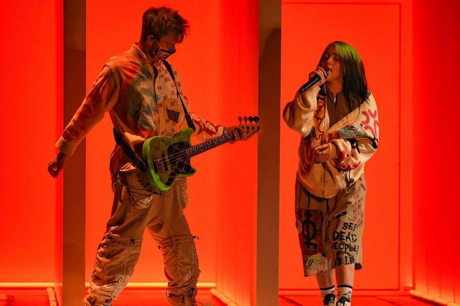 Billie Eilishaux American Music Awards à Los Angeles le 22 novembre 2020