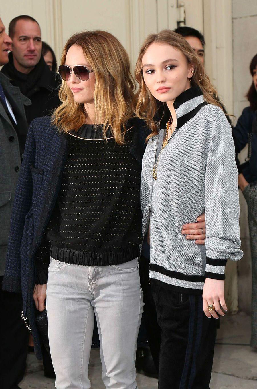 Vanessa Paradis et sa fille Lily-Rose Depp en 2017