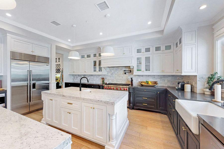 Dakota Fanning s'est acheté une sublime maison de style Cape-Cod à Toluca Lake (Los Angeles) pour 2,9 millions de dollars.