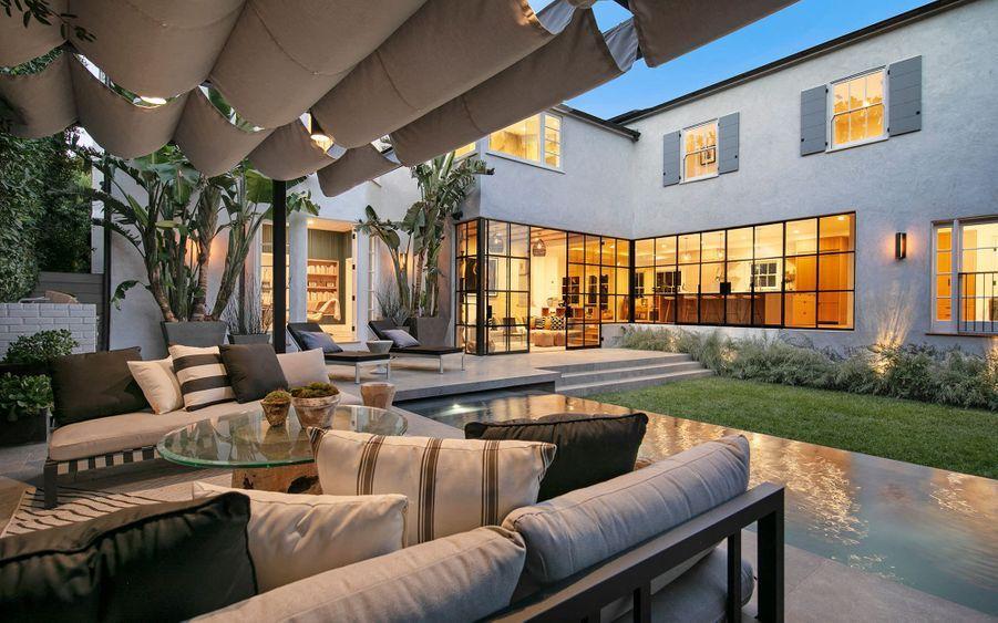 La nouvelle maison de Justin Bieber et Hailey Baldwin à Beverly Hills, achetée en mars 2019 pour 8,5 millions de dollars.