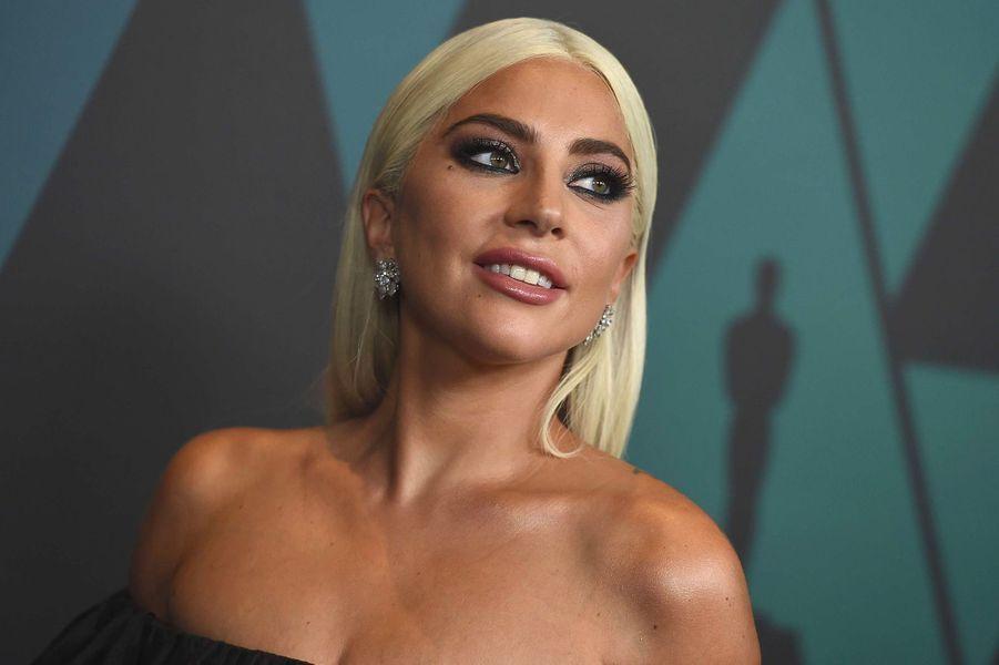 Lady Gaga aux Governors Awards, à Los Angeles, dimanche 18 novembre