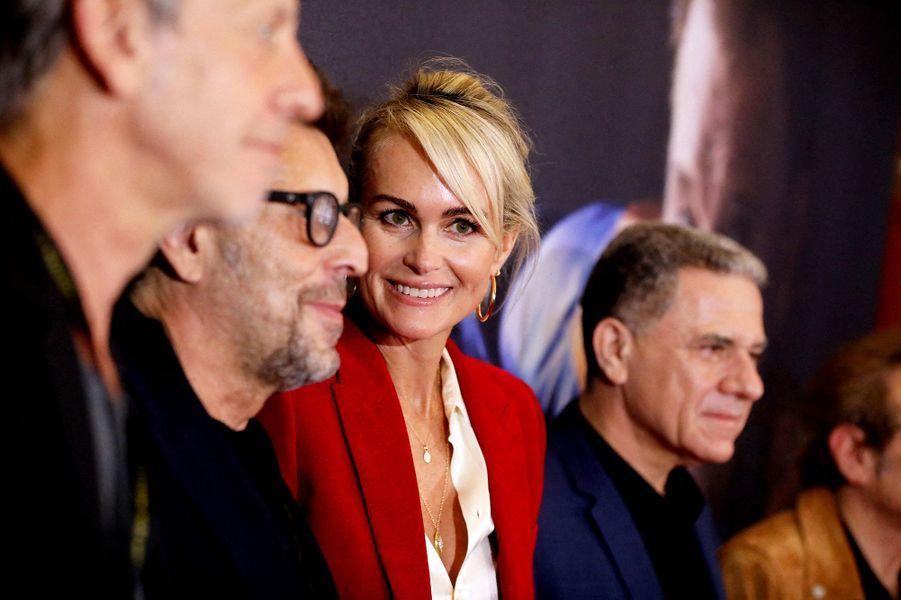 Laeticia Hallydayau Grand Rex à Paris pour la projectiondes documentaires «Johnny USA» et «A nos promesses» à l'occasion de la sortie du coffret «Johnny, son rêve américain», le 21 octobre 2020