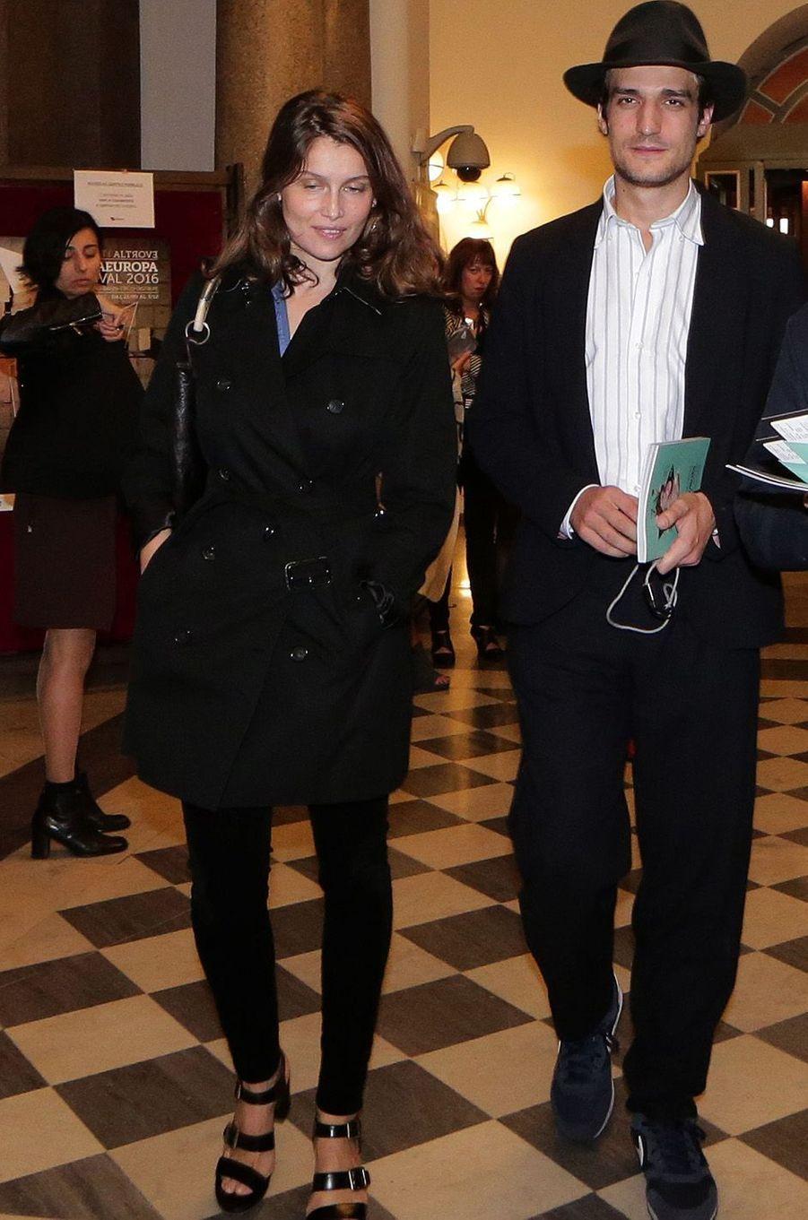 Laetitia Casta et son époux Louis Garrel à Rome, en 2016.