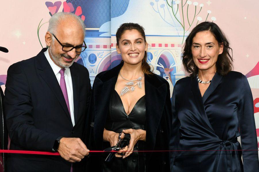 Laetitia Casta avec Paolo de Cesare et Hélène Poulit-Duquesne