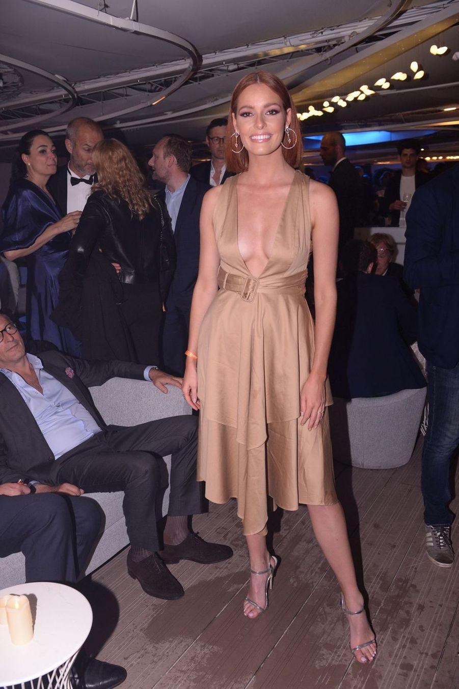 Maëva Coucke lors de la soirée Orange à Cannes, le 18 mai 2019