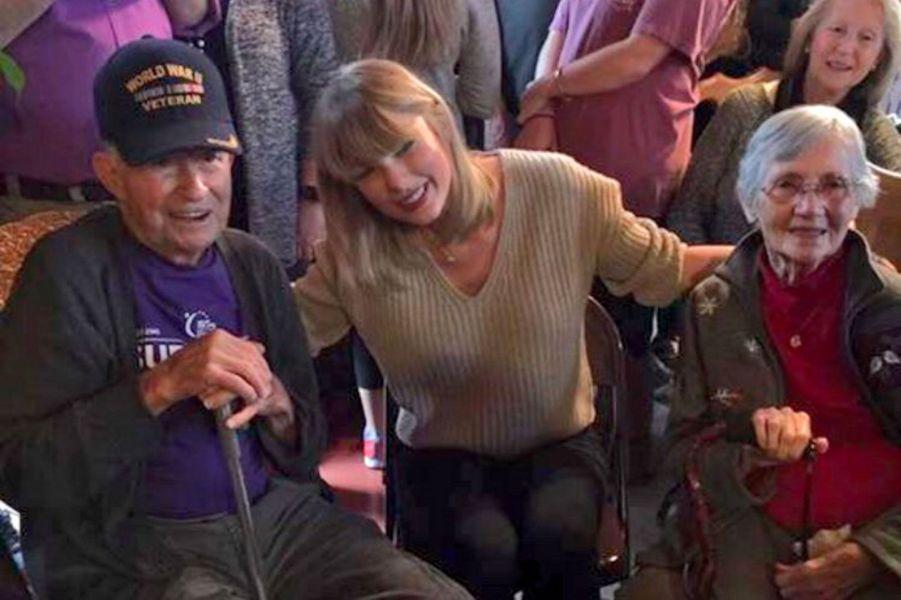 Taylor Swift a rendu visite à Cyrus Porter pour Noël