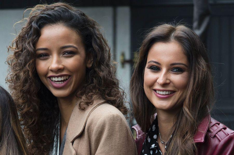 Flora Coquerel et Malika Ménard lors du Défi des Miss à l'hippodrome de Vincennes le 11 février 2018