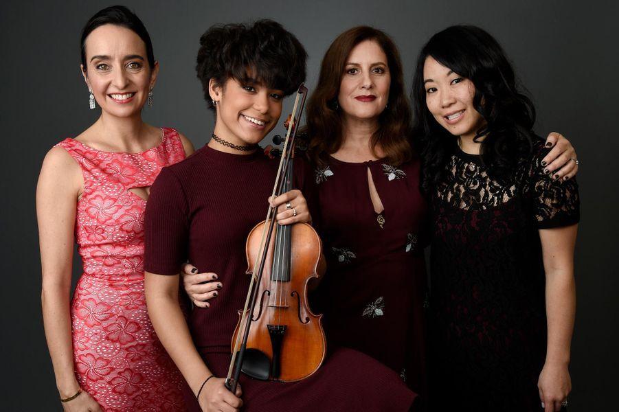 Raphaela Neihausen, Brianna Perez, Kahane Cooperman, et Kokoe Tanaka-Suwan