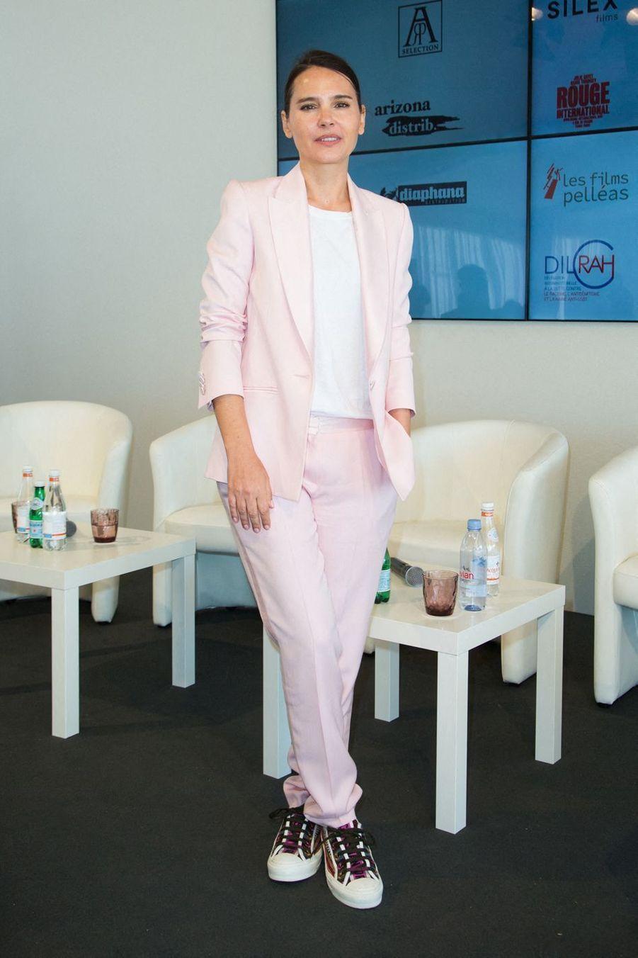 Virginie Ledoyen lors de la conférencede presse de présentation du jury de la «Queer Palm 2019» lors du 72e Festival de Cannes le 16 mai 2019