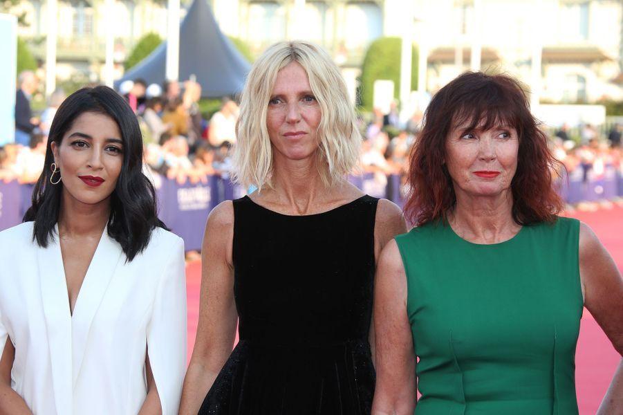 Leïla Bekhti, Sandrine Kiberlain et Sabine Azéma lors de l'ouverture du 44e Festival de Deauville.