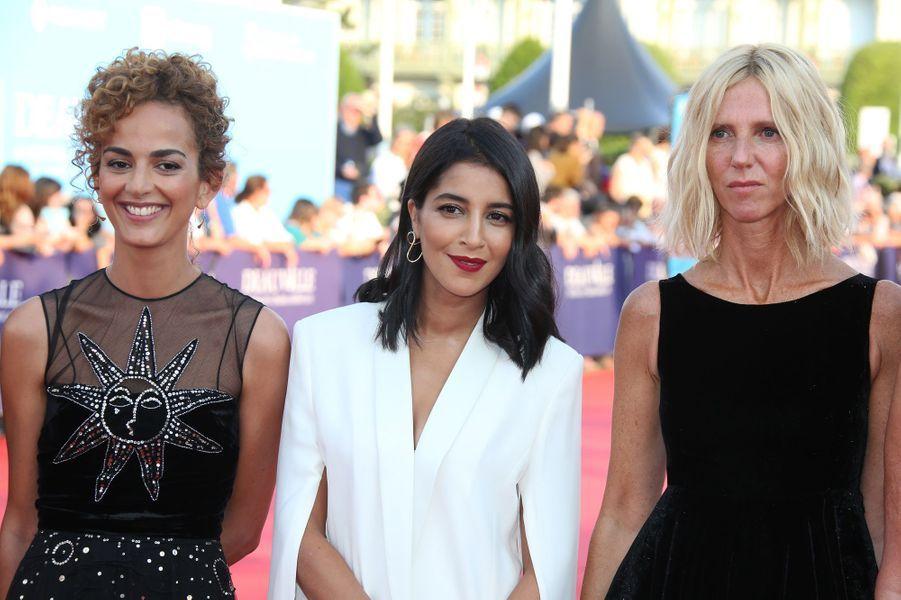 Leïla Slimani, Leïla Bekhti etSandrine Kiberlain lors de l'ouverture du 44e Festival de Deauville.
