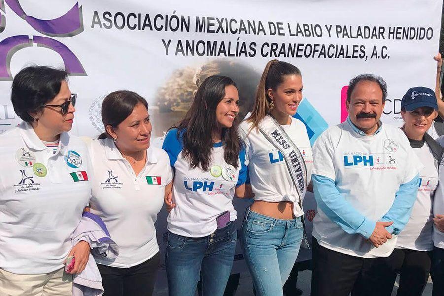 "Iris Mittenaere à Mexico pour ""Smile Train"""