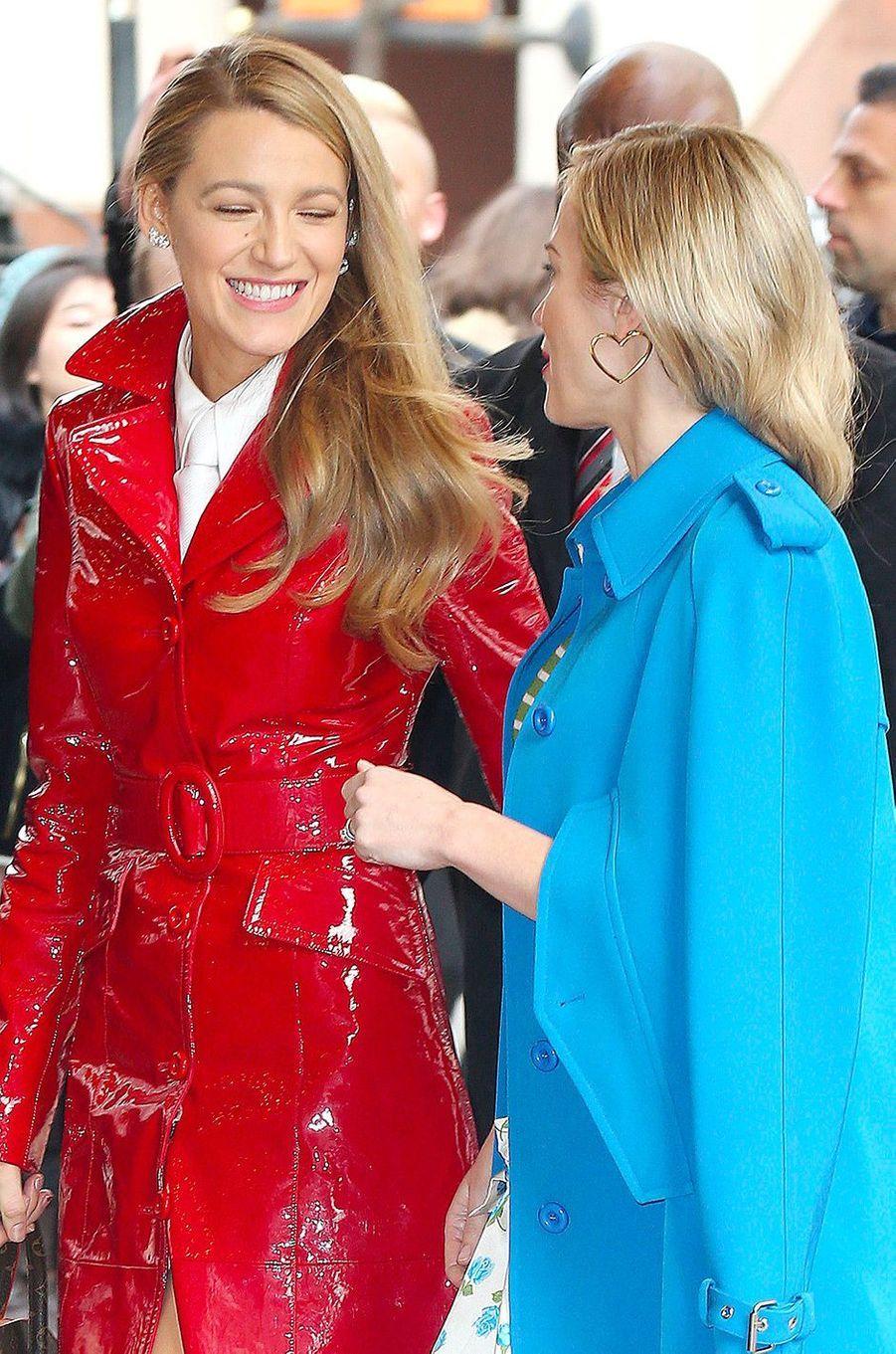 Blake Lively et Emily Blunt avant le défilé Michael Korsà New York