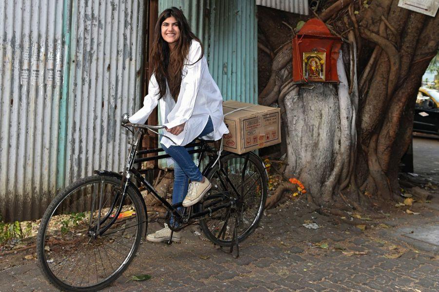 Ananya Birla, 22 ans Une Indienne qui roule pour son pays. L'âme entrepreneuse comme son père, un industriel influent de Bombay, elle a étudié à Oxford, fondé une association pour la santé mentale des femmes et se lance dans la chanson.