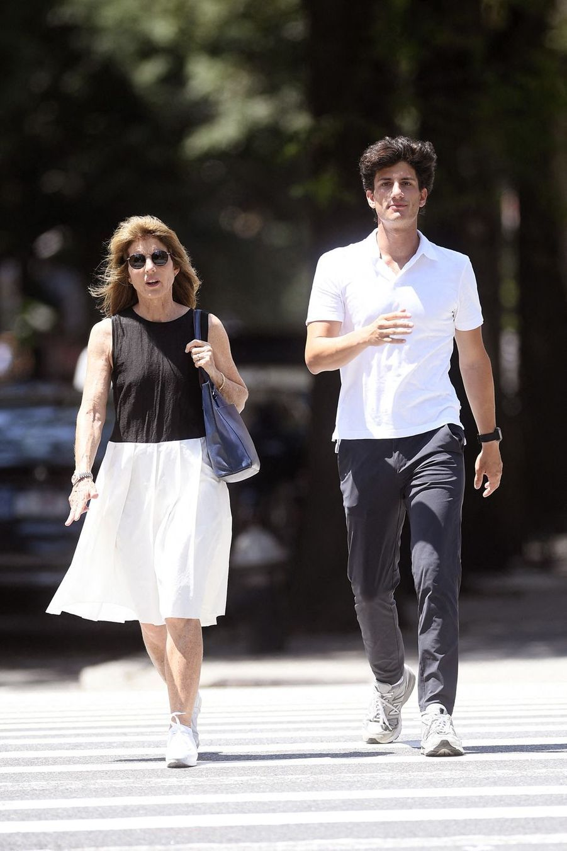 Caroline Kennedy et son filsJack Schlossberg à New York le 16 juillet 2019