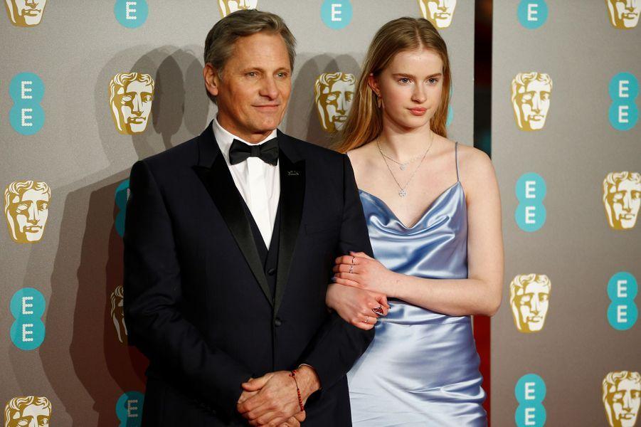 Viggo Mortensen et sa fille.
