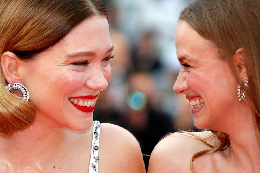 Léa Seydoux et Sara Forestier (bijoux Messika)