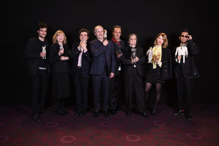 Le casting des voix françaises et les magnifiques marionnettes du film.