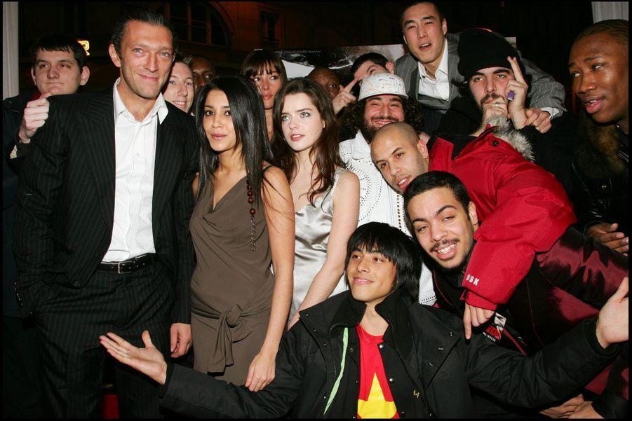 """Leïla Bekhti et l'équipe du film """"Sheitan"""" au Grand Rex , le 21 janvier 2006."""