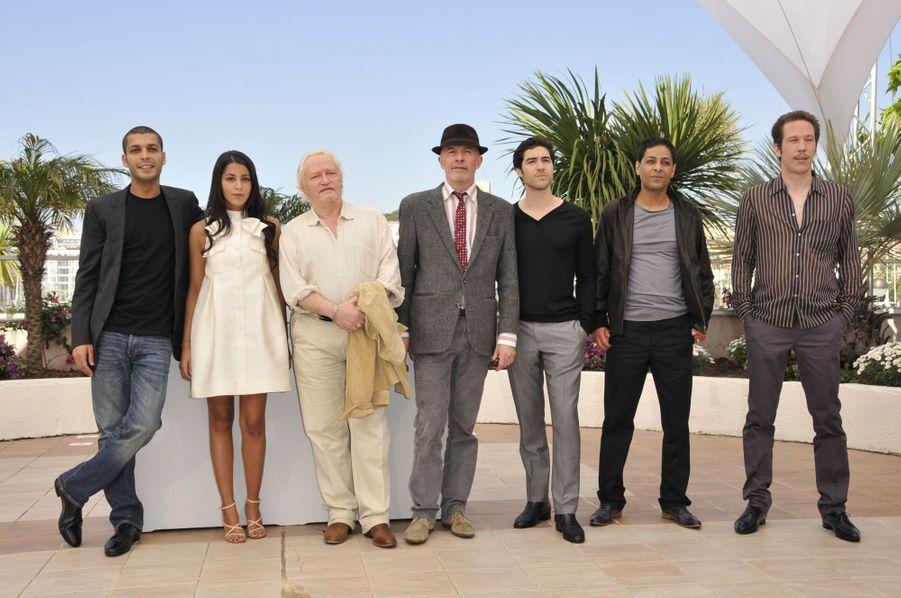 """Leïla Bekhti et l'équipe du film """"Un prophète"""" à Cannes, en 2009."""