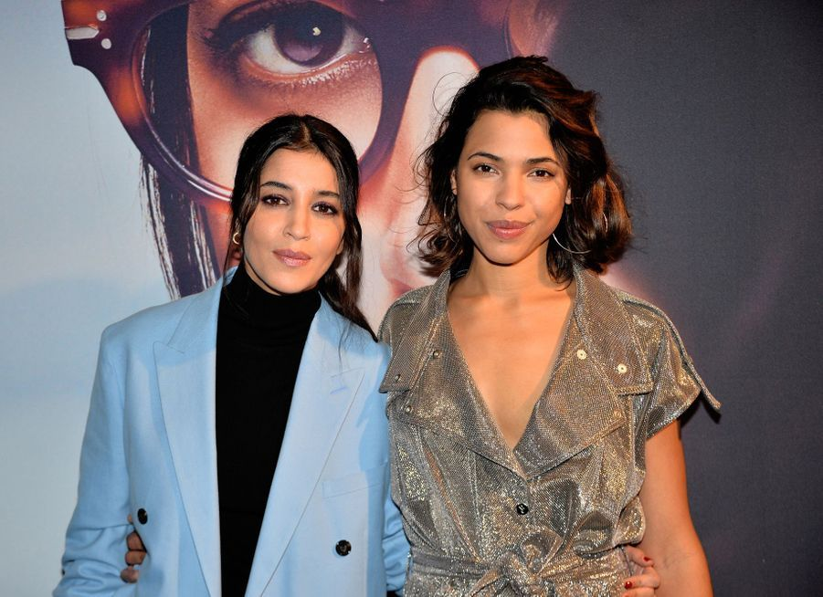 """Leïla Bekhti et Zita Hanrot à l'avant-première du film """"Carnivores"""" au cinéma UGC Ciné Cité Les Halles à Paris en mars 2018."""