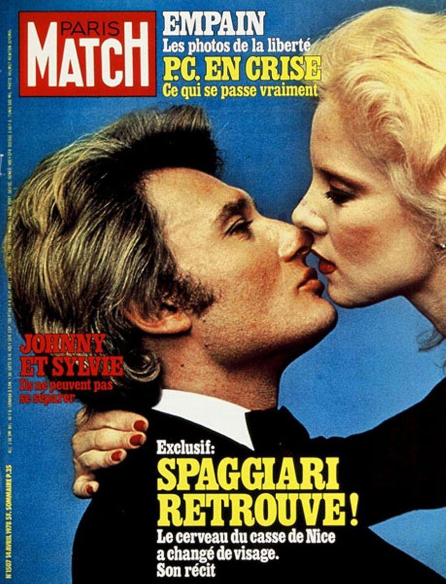 Johnny Hallyday et Sylvie Vartan en couverture de Paris Match