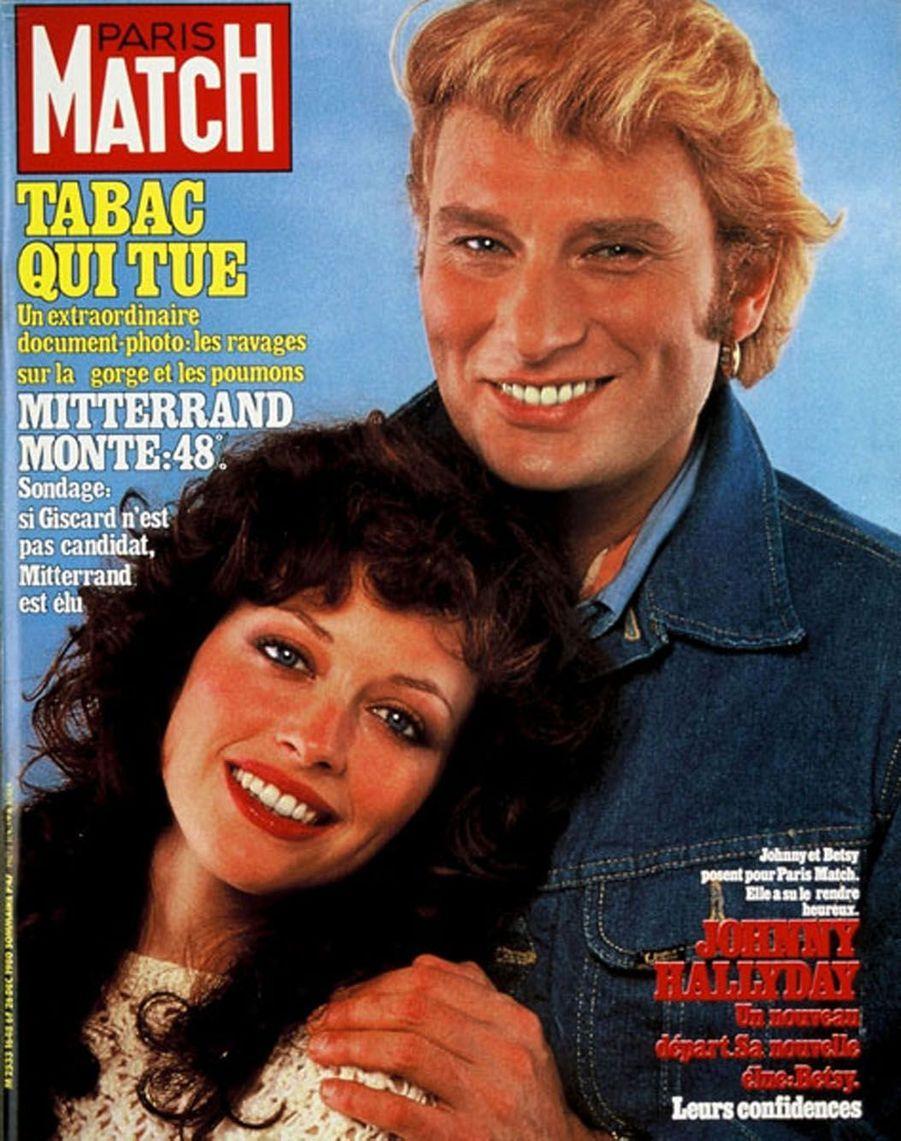 Johnny Hallyday et Betsy en couverture de Paris Match en 2000