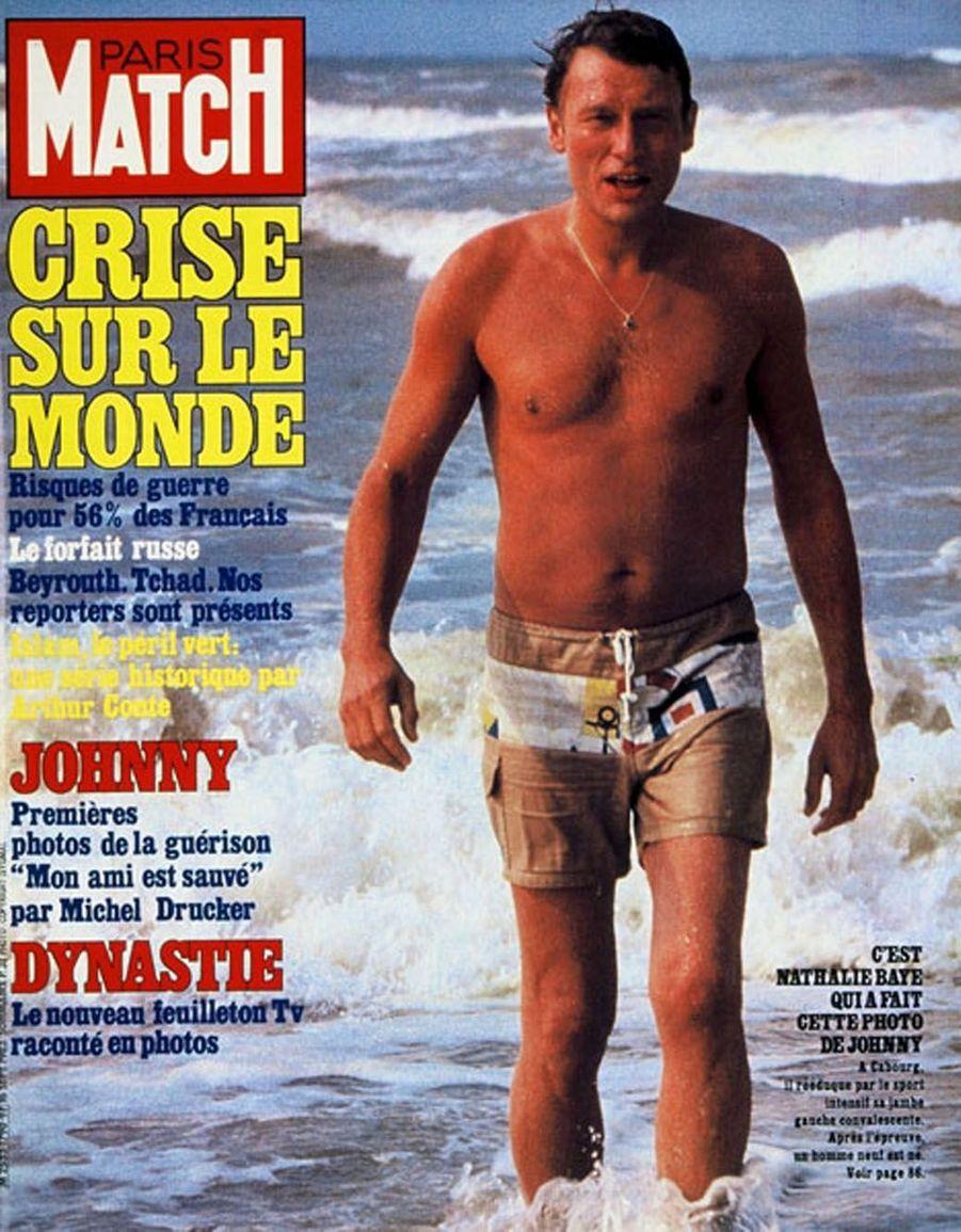 Johnny Hallyday en couverture de Paris Match