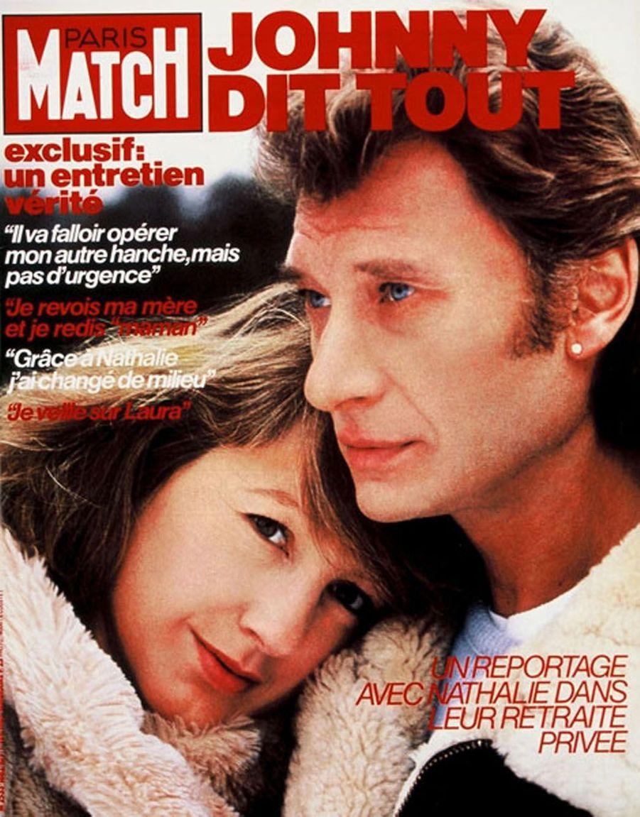 Johnny Hallyday et Nathalie Baye en couverture de Paris Match