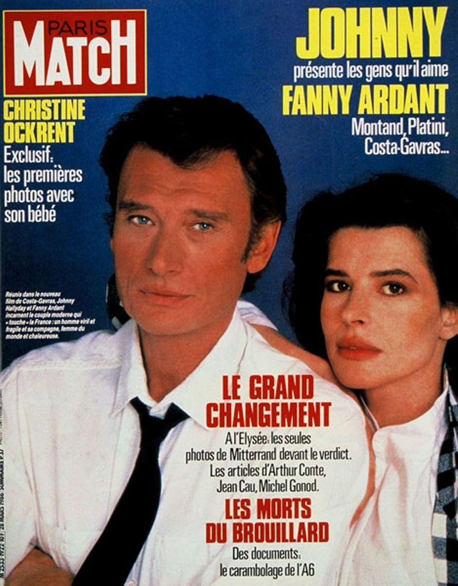 Johnny Hallyday et Fanny Ardant en couverture de Paris Match