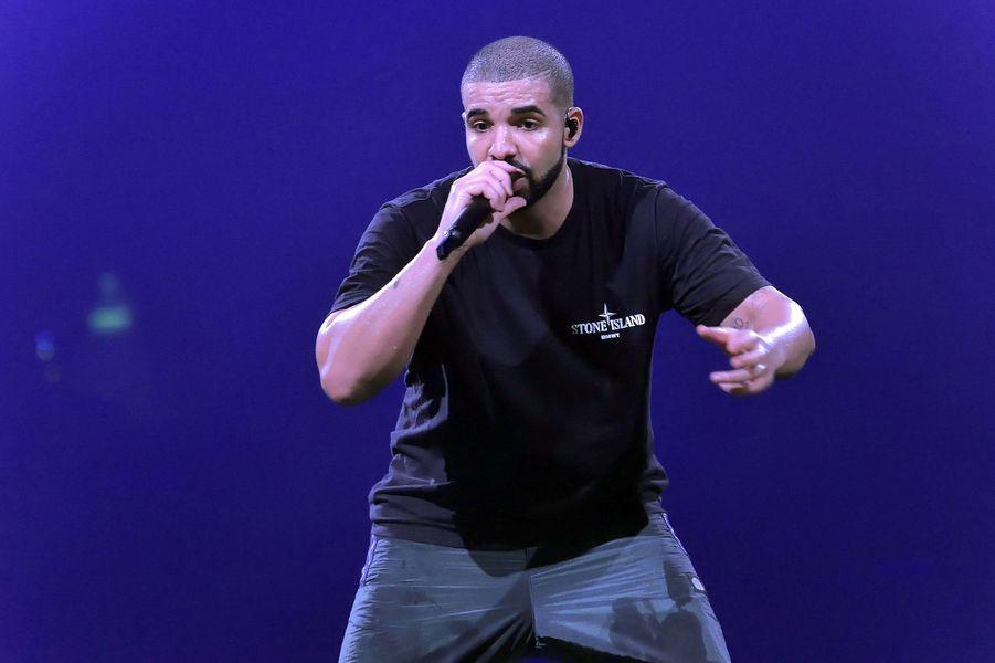 25 -Drake, 75 millions de dollars
