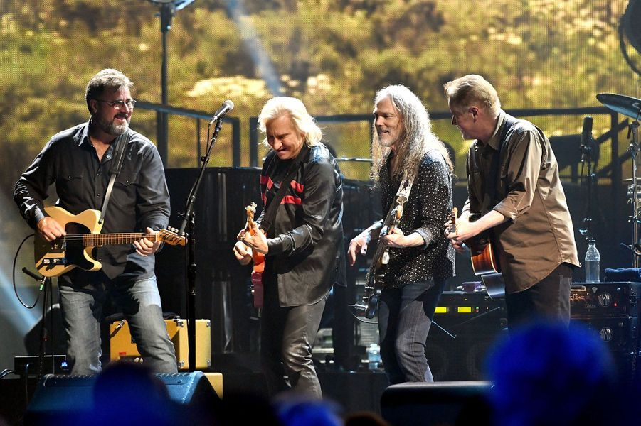 7 -The Eagles, 100 millions de dollars