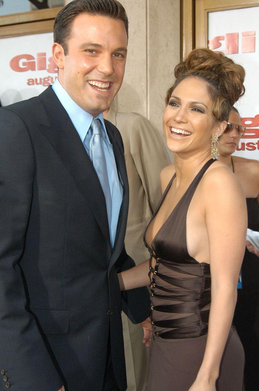 Ben Affleck et Jennifer Lopez à la première du film «Gigli» à Los Angeles en juillet 2003.Les deux acteurs ont vécu une idylle très médiatisée entre 2002 et 2004.