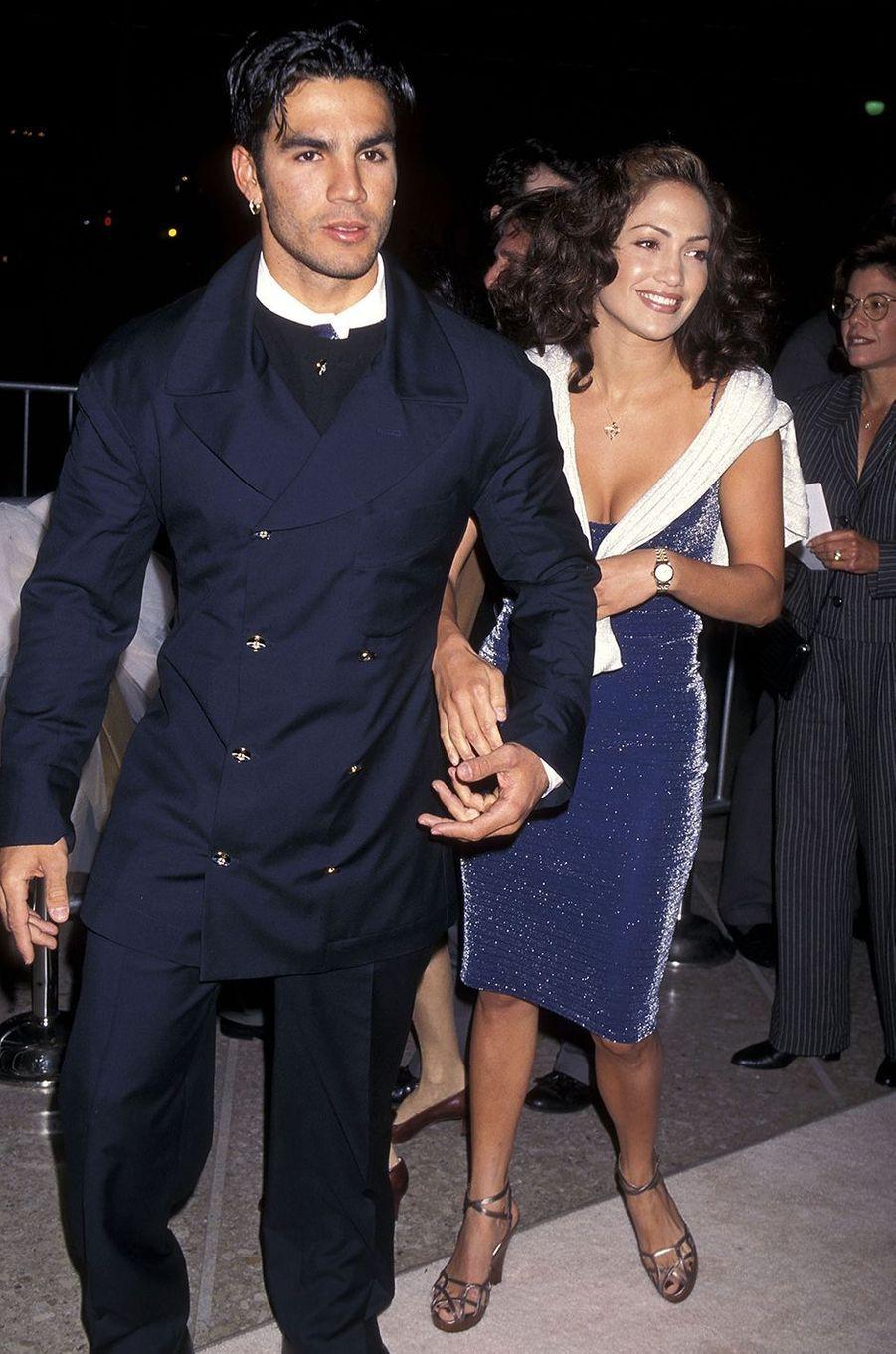 Ojani Noa et Jennifer Lopez à la première du film «The Old Feeling» à Century City en mars 1997. Le couple a été marié entre 1997 et 1998.