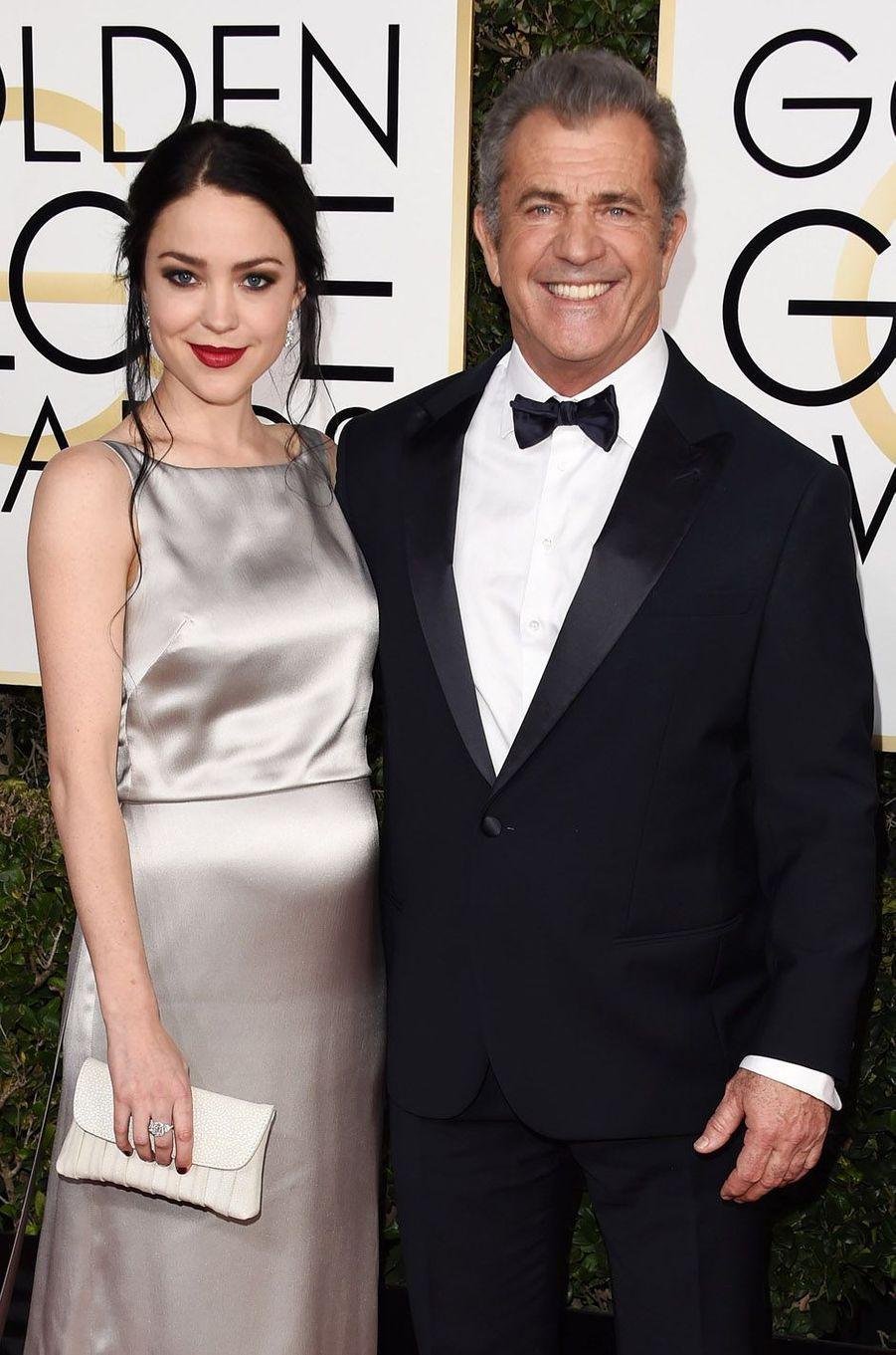 Mel Gibson a accueilli son neuvième enfant en janvier 2017, un petit garçon nommé Lars qu'il a eu avec sa compagne Rosalind Ross.