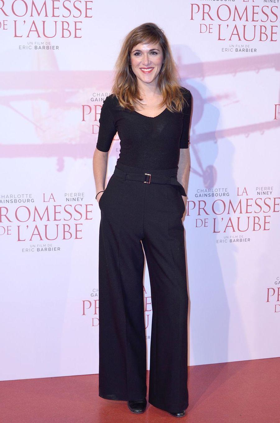 """Victoria Bedosà l'avant-première de """"La promesse de l'Aube"""", le 12 décembre 2017 à Paris."""