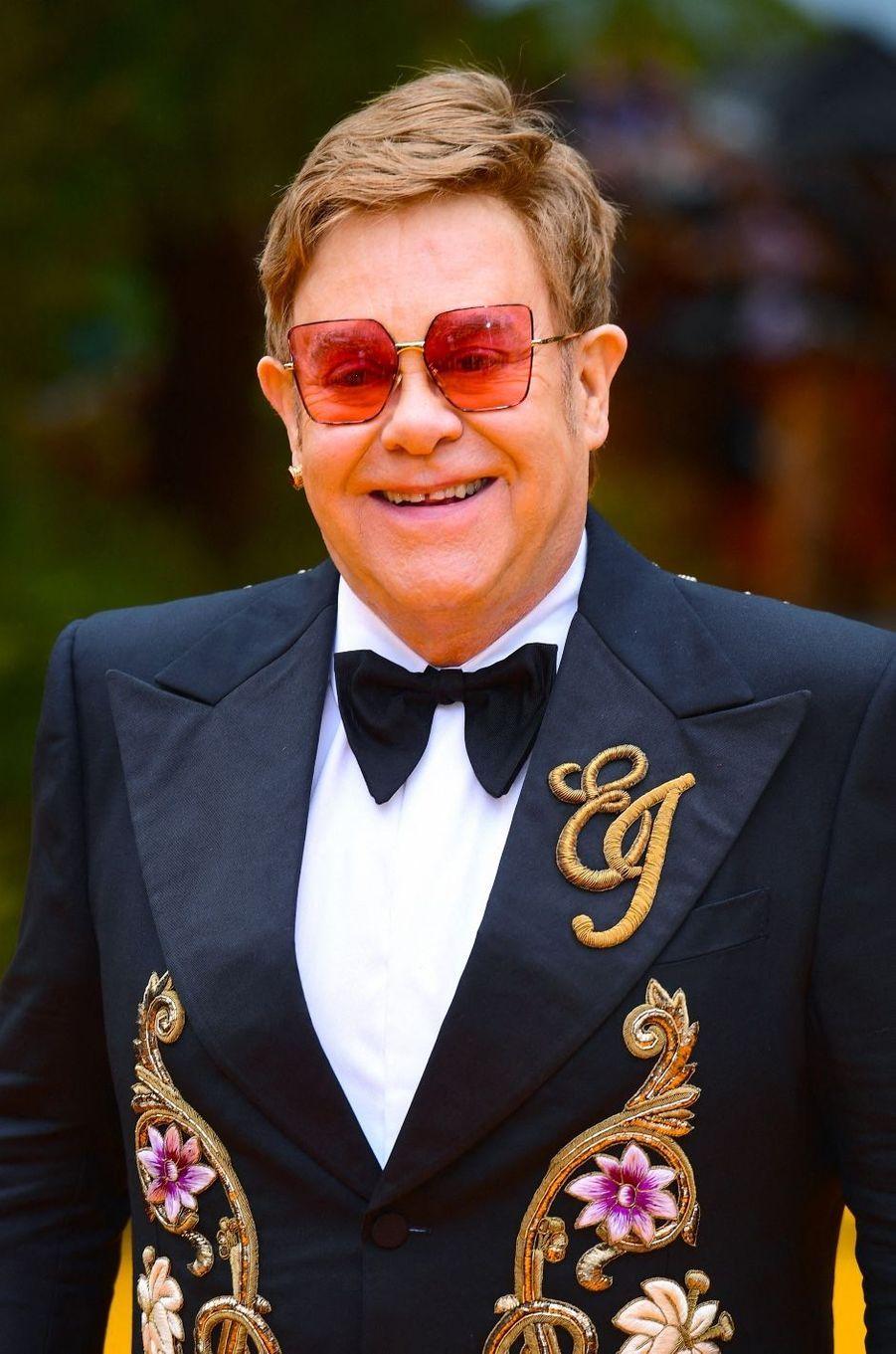 14 - Elton John, 81 millions de dollars.